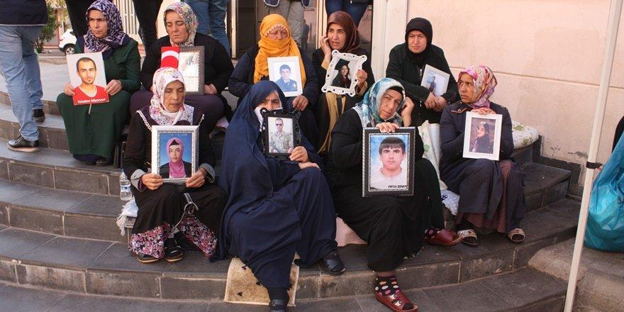 HDP önündeki ailelerin eylemi 48'inci gününde