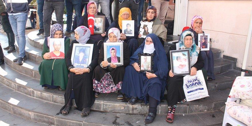 HDP önündeki ailelerin eyleminde 50'nci gün