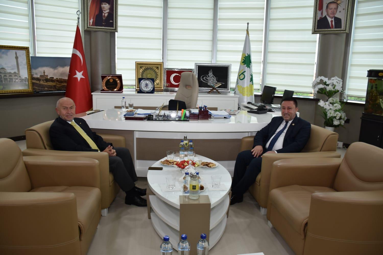 TFF Başkanı Özdemir'den Beyoğlu'na ziyaret