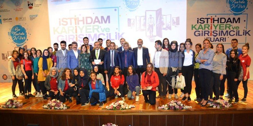 Diyarbakır İstihdam, Kariyer ve Girişimcilik Fuarı'nda 2'nci gün