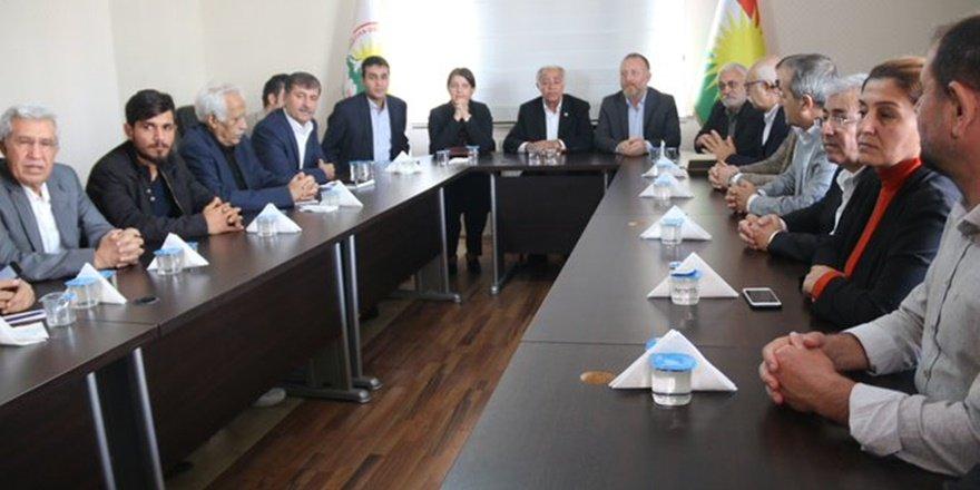 Temelli, Kürt partilerle görüştü