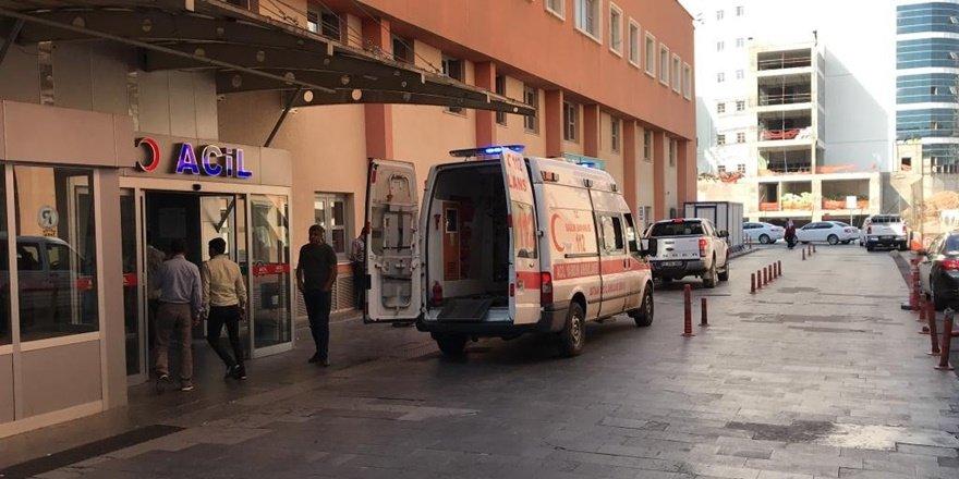 İşçileri taşıyan minibüs şarampole yuvarlandı: 1 ölü, 10 yaralı