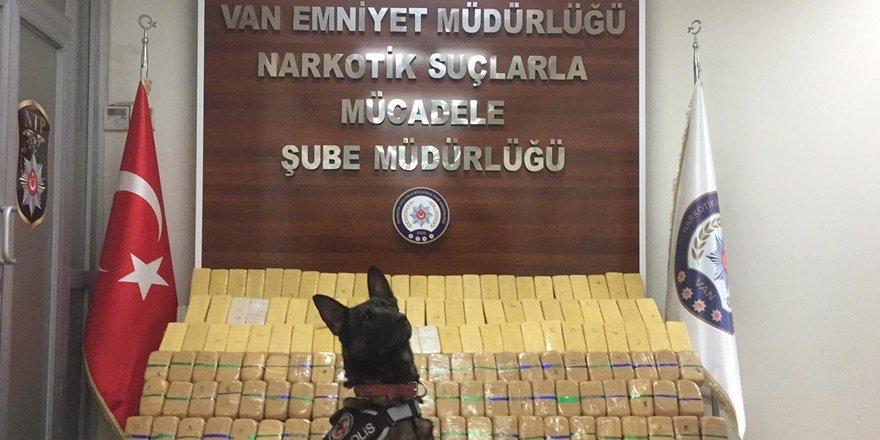 Van'da narkotik operasyonu: 85 kilo eroin yakalandı