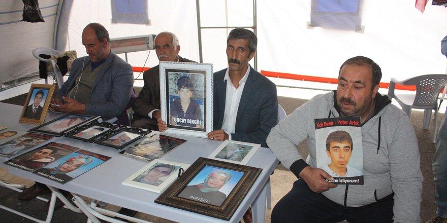 HDP önündeki ailelerin oturma eyleminde 64'üncü gün