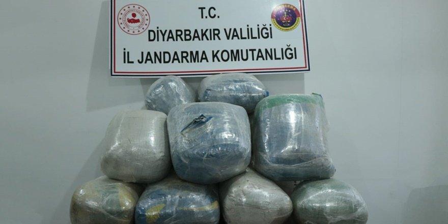 VİDEO - Öğrenci servisinde uyuşturucu sevkiyatı