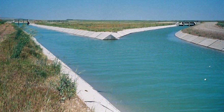 Diyarbakır'da tarım arazileri suyla buluştu