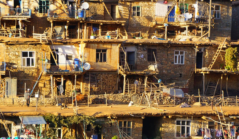 Diyarbakır'daki taş evler büyülüyor