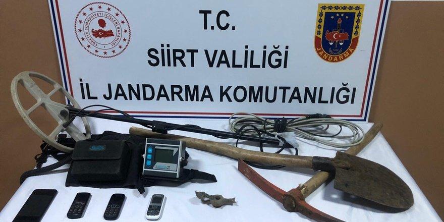 Siirt'te defineciler sit alanını kazdı: 5 şüpheli yakalandı