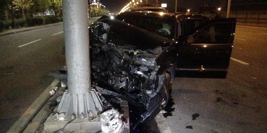 VİDEO - Kayapınar'da feci kaza: 1'i ağır 5 yaralı