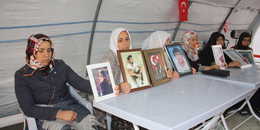 HDP önündeki ailelerin oturma eyleminde 76'ncı gün