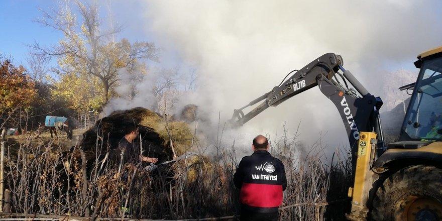 Çatak'ta otluk yangını