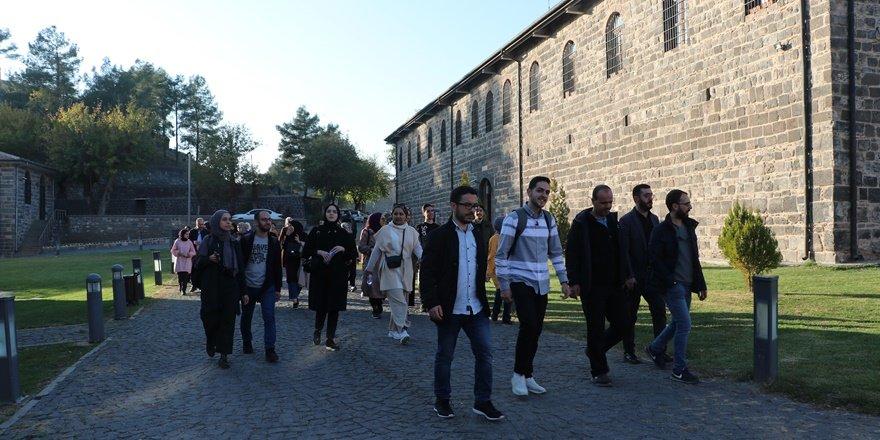 İstanbul Üniversitesi öğrencileri Diyarbakır'ı gezdi