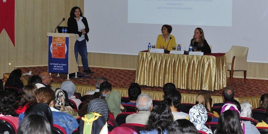 Van YYÜ'de 'Kadına Yönelik Şiddet' paneli