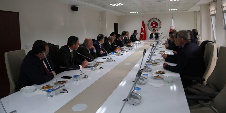 Diyarbakır Cumhuriyet Başsavcısı'na barolardan Elçi ziyareti