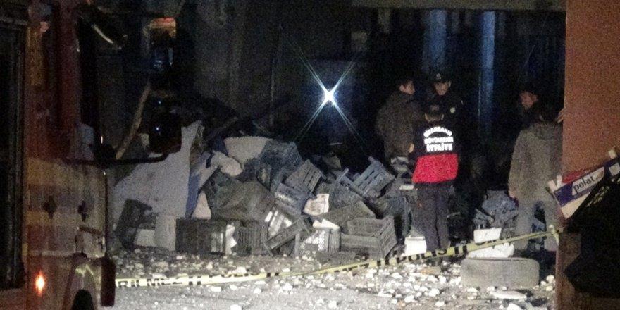 VİDEO - Diyarbakır Sebze ve Meyve Hali'nde patlama: 1 ölü, 2 yaralı