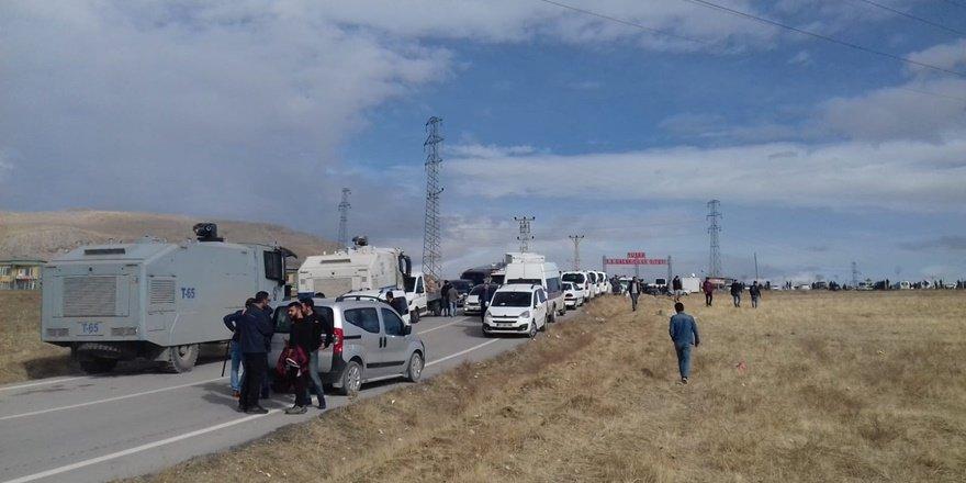 Van Tuşba'da silahlı kavga: Ölü ve yaralılar var