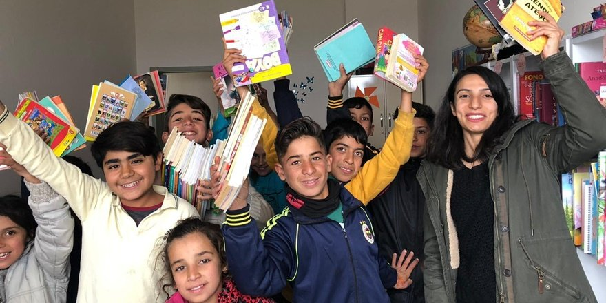 VİDEO - 2 bin 500 kitap köy okulundaki öğrencilere ulaştı