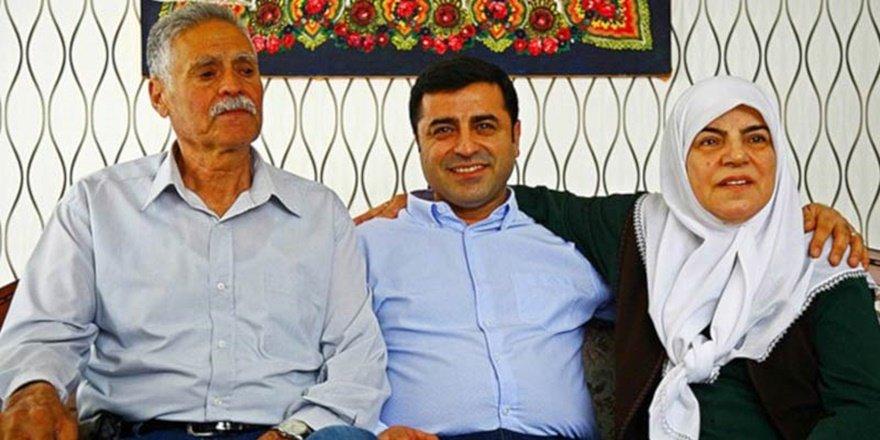 Demirtaş'ın annesi ve babası kaza geçirdi