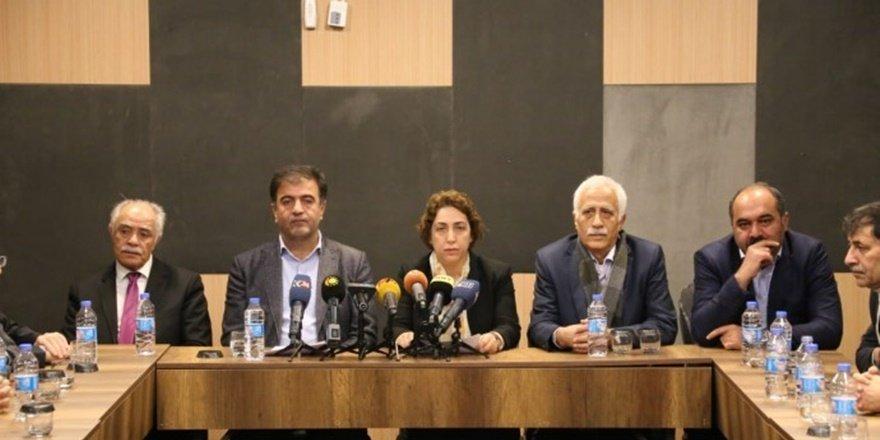 """Diyarbakır'dan """"Ulusal Birlik"""" deklarasyonu"""