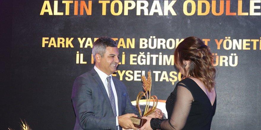 Diyarbakır İl Milli Eğitim Müdürü Taşçıer, yılın en iyi bürokratı seçildi