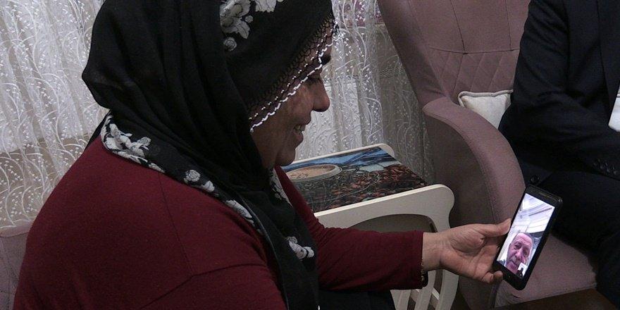 HDP önünde eylem yapan annelerden Hatice Ceylan evladına kavuştu