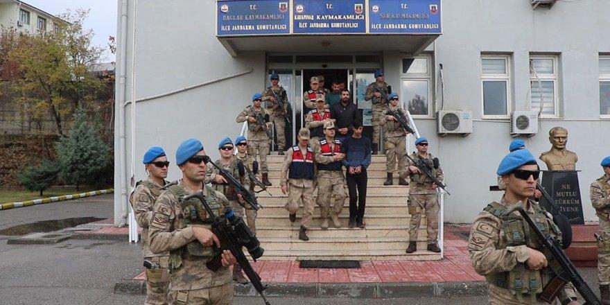 VİDEO - Diyarbakır'da operasyon: 17 gözaltı