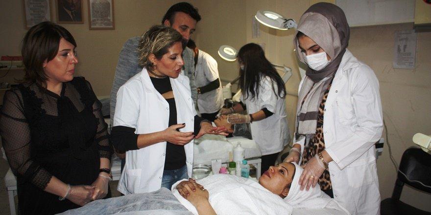 Diyarbakır'da ev kadınları kendi işlerinin patronu olmak için kolları sıvadı