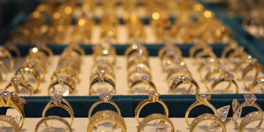 Altında sahteciliğe dikkat: Altına bakır karıştırıyorlar