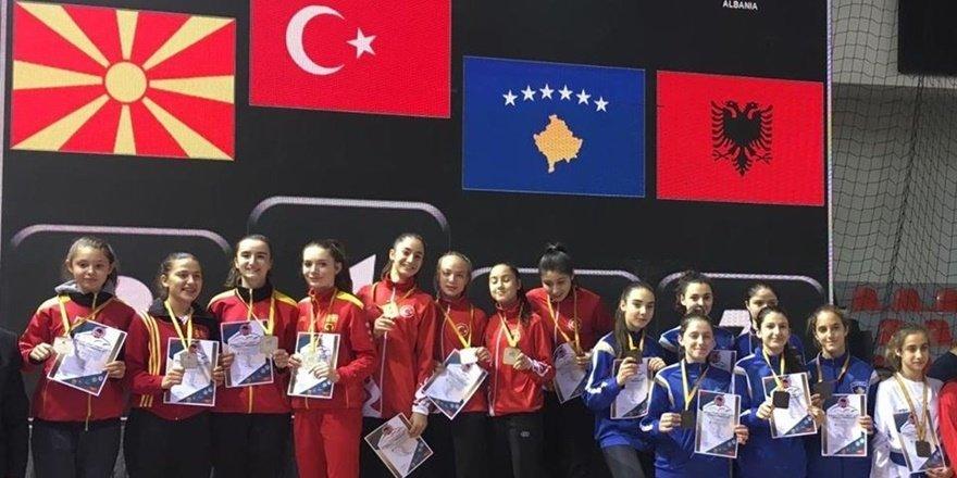 Diyarbakır'ın altın kızlarından Balkan şampiyonasında 3 madalya