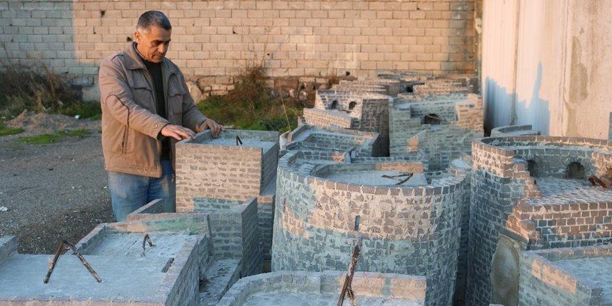 VİDEO - Diyarbakır Surlarının maketini yapıyor