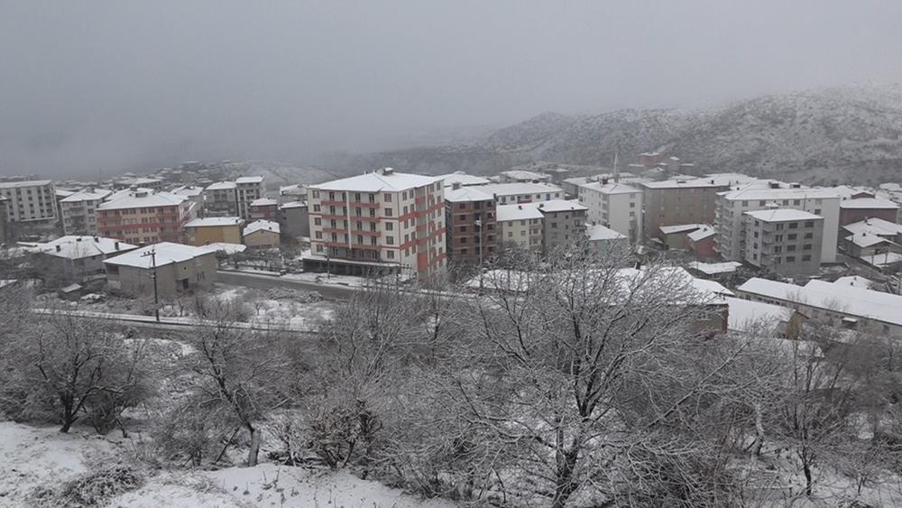 Diyarbakır'da eğitime kar engeli