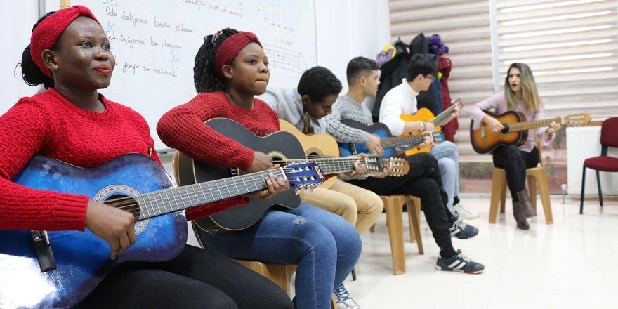 Siirt'te müzik dünya dili oldu