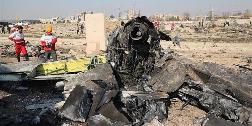 İran: Ukrayna Havayolları uçağı kazayla vuruldu