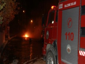 CHP il başkanının aracı ateşe verildi