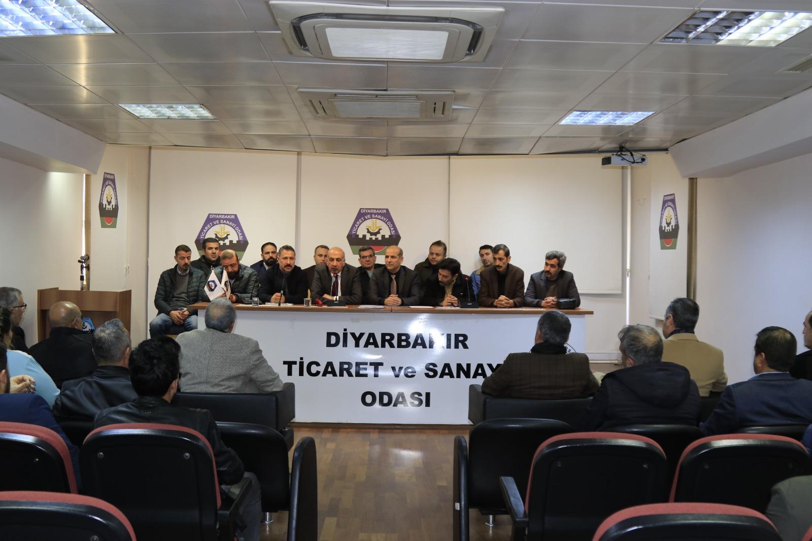 Diyarbakır Sürücü Kursları fiyat birliğine gitti