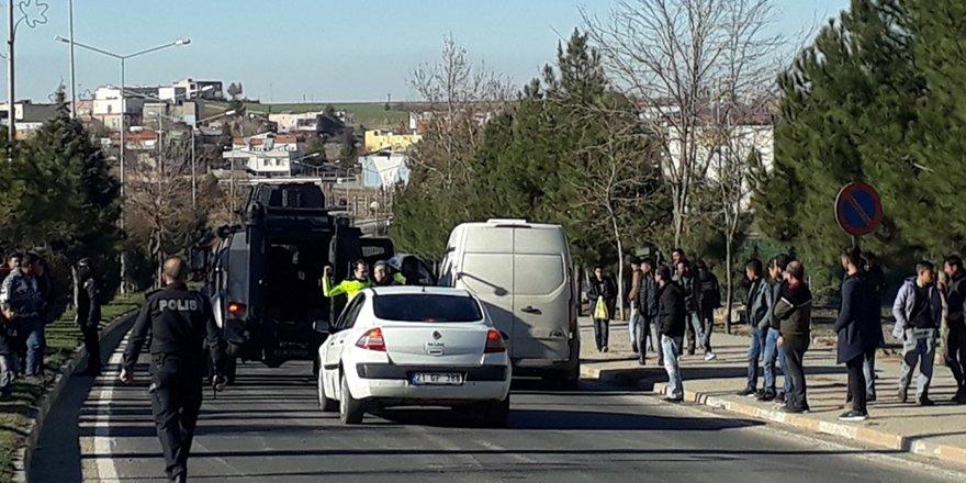 Diyarbakır'da zırhlı banka aracının çarptığı yaşlı adam öldü