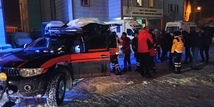 Van'dan Elazığ'a 32 kişilik sağlık ekibi desteği