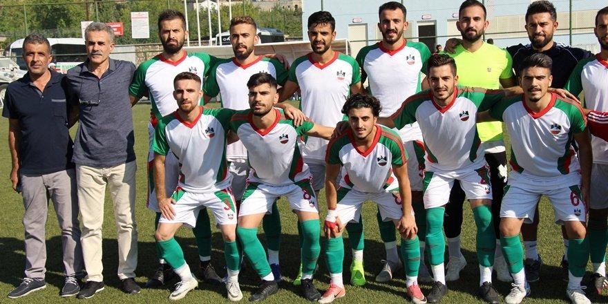 Silvan 21spor Diyarbakırspor'a boyun eğdi