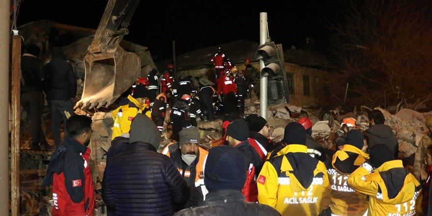 Diyarbakır'dan Elazığ'a dayanışma büyüyor