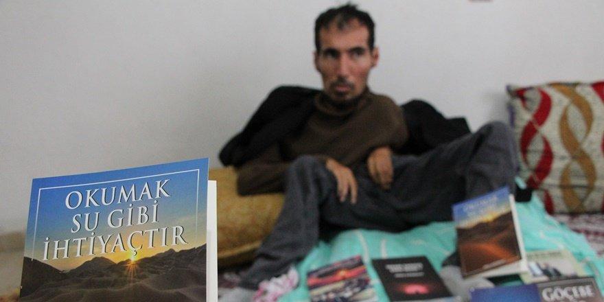 Batmanlı bedensel engelli gençten 14 kitap