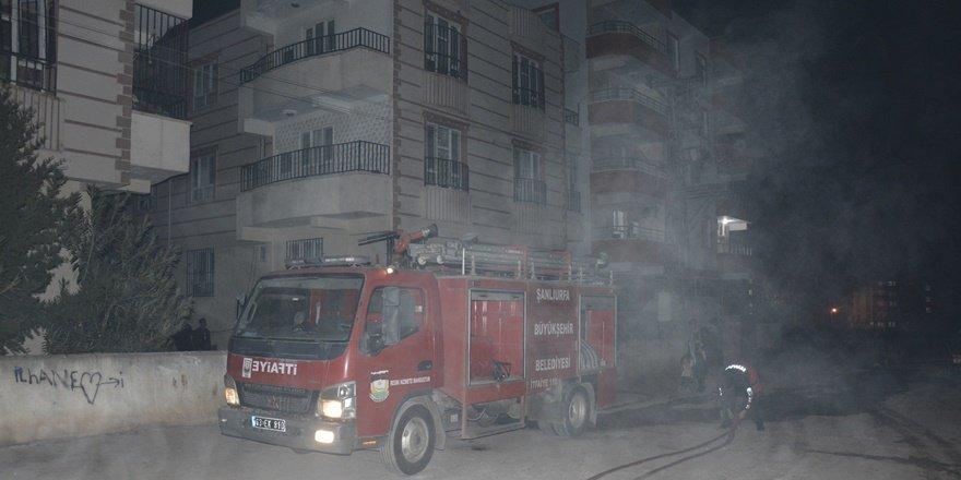 Şanlıurfa'da yangın: 9 kişi dumandan etkilendi