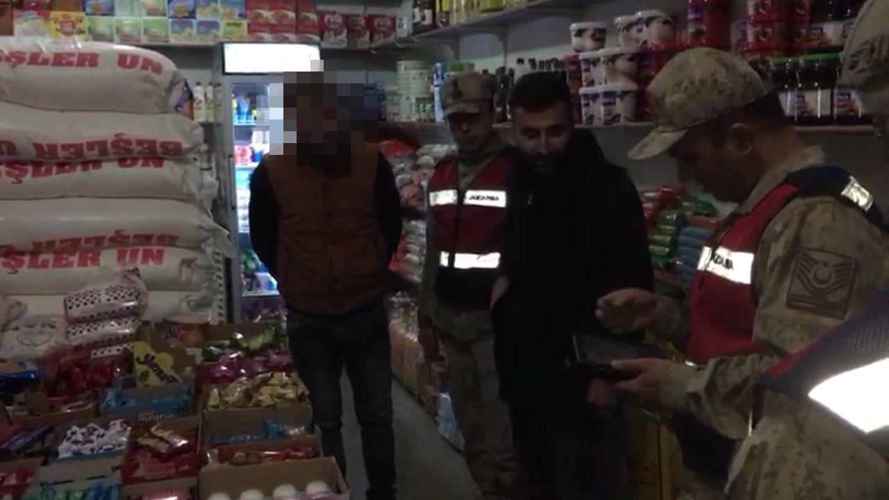 Cezaevi firarisi markette alışveriş yaparken yakalandı