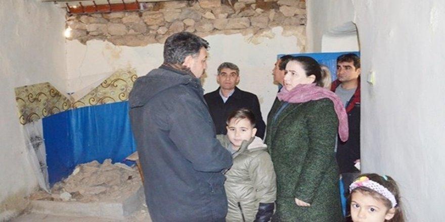 Çermik'ten depremzedelere yardım