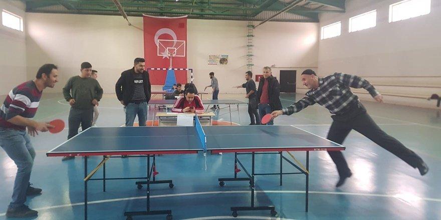Çınar'da masa tenisi turnuvası