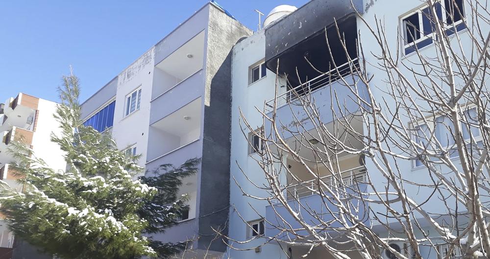 Mardin'de yangın çıkan evde anne ve 3 çocuğu öldü