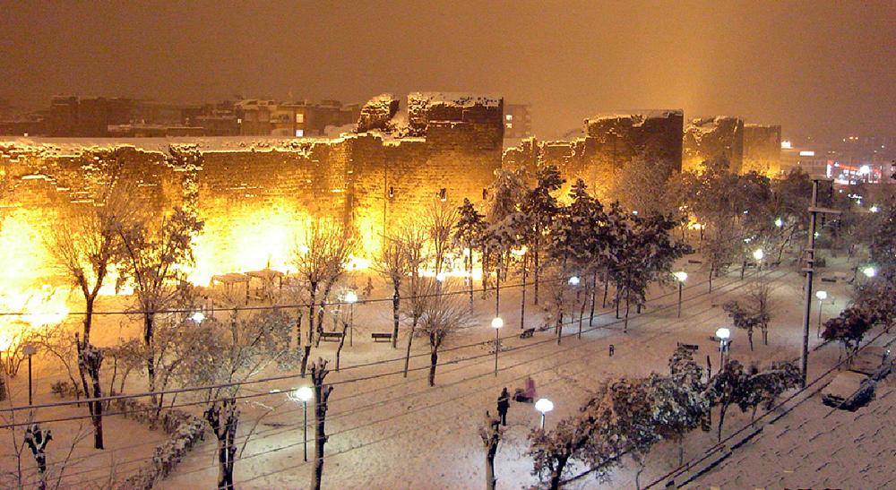 Diyarbakır'da okullara kar tatili ile ilgili görsel sonucu
