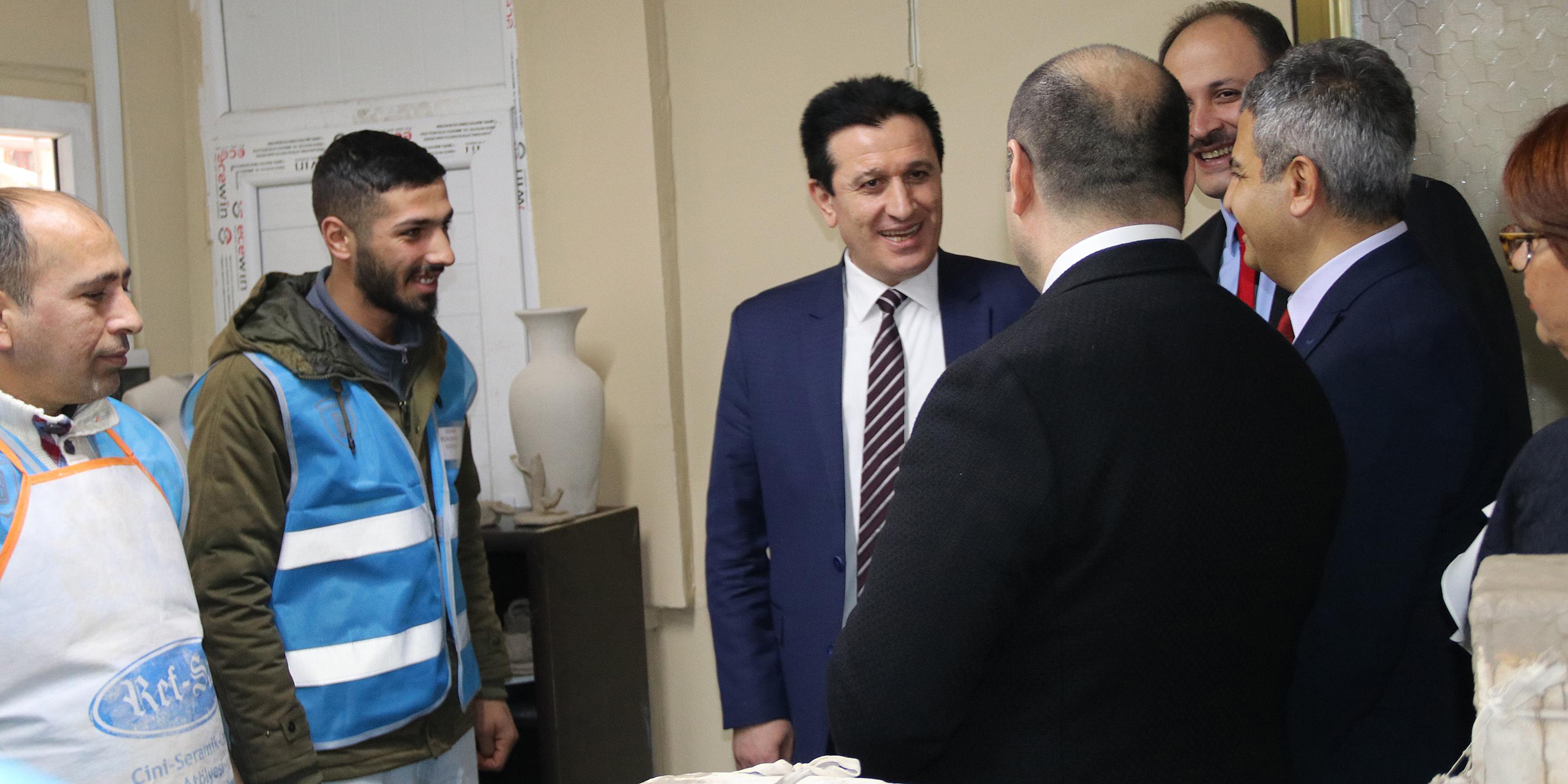 Başsavcı Yavuz denetimli serbestlik yükümlülerine yönelik kursları ziyaret etti