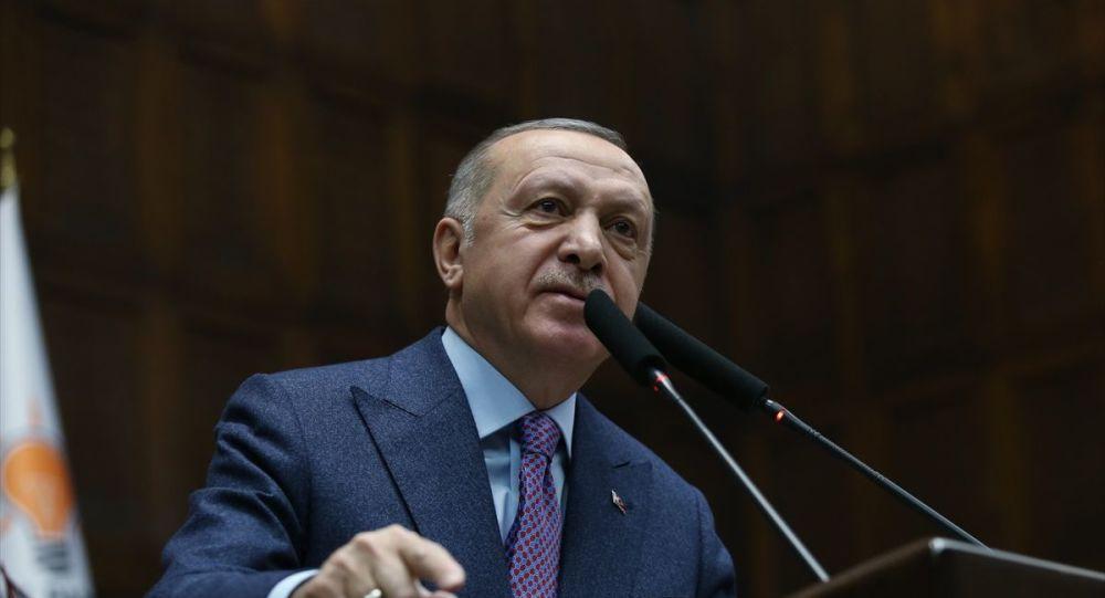 Erdoğan: FETÖ'yü terör örgütü ilan edip ona savaş açan şahsım ve AK Parti'dir