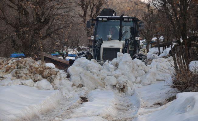 Şırnak Beytüşşebap'ta kar temizliği