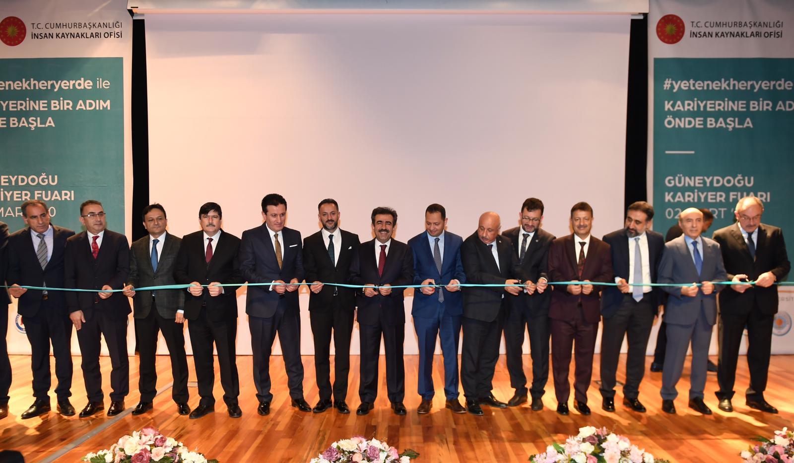 VİDEO - Diyarbakır'da bölgesel kariyer fuarı açıldı